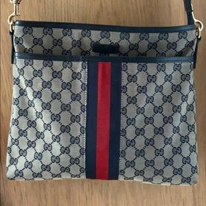Authentic Gucci cross body navy blue